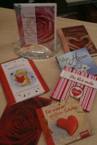Nicht verpassen, zum Valentinstag am 14. Februar, Tag der Liebe und Freundschaft passende Geschenksideen erhältlich.